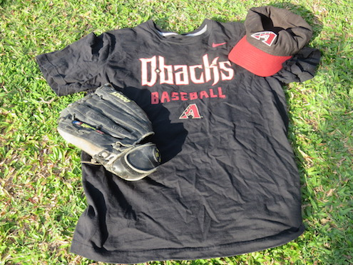 Diamondbacks shirt, hat